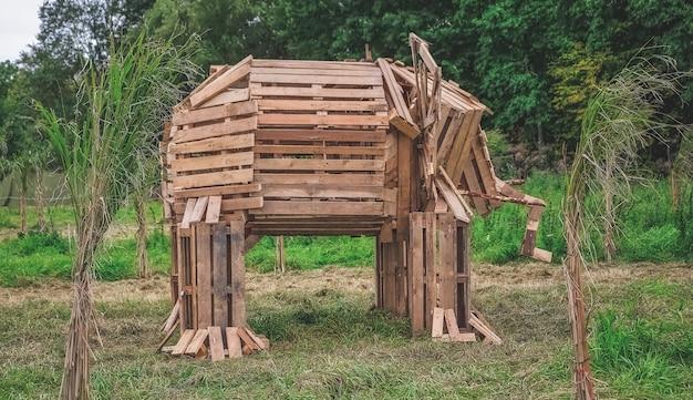 나무로 만든 코끼리