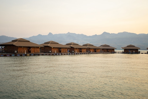 Ananta river hills resort - известное место для семейного отдыха