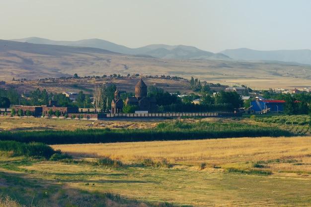 Древняя армянская церковь на природе