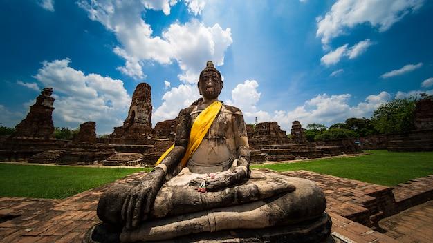 Ancient buddha in phra mahathat temple ayutthaya, thailand landmark