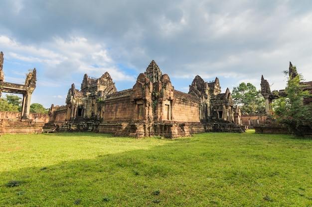 Ancient castle in cambodia called angkor wat, angkor thom