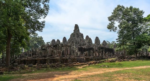 失われた都市アンコールワットカンボジアの古代の城