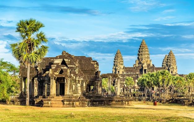 Ancient library at the angkor wat temple, cambodia