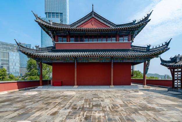中国江蘇省南京の古代のロフトと都市建築