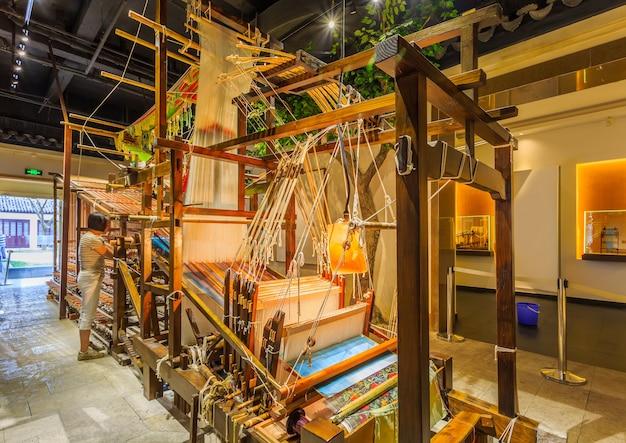 古代の織機