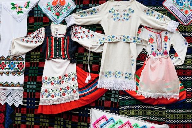 古代国立刺繍ベラルーシ服民族衣装伝統的な服