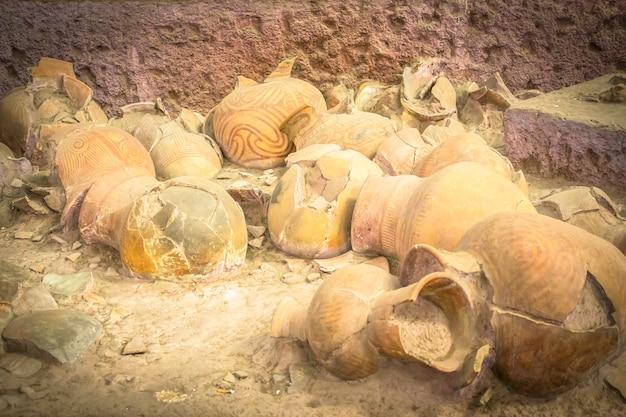 バンチャンの古代陶磁器、ウドンタニ・タイランド