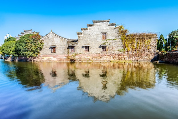 Древняя резиденция в парке нинбо юэху