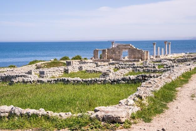 에베소 터키-고고학 배경에서에서 고 대 유적.