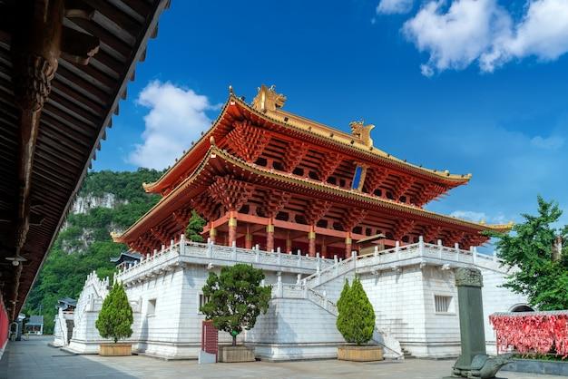 고대 사원 건물, 류저우, 중국.