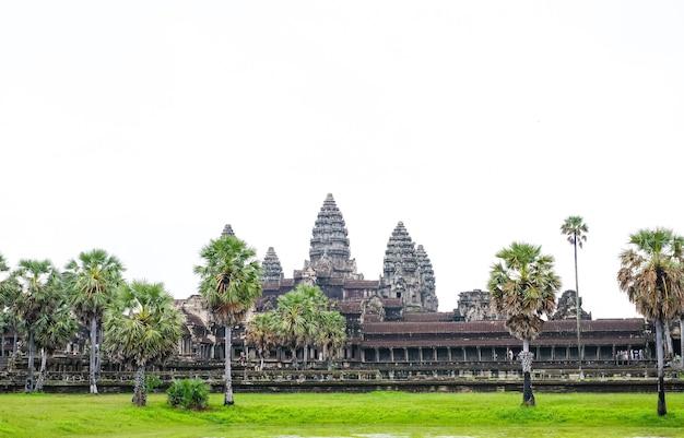 Древний храмовый комплекс ангкор-ват