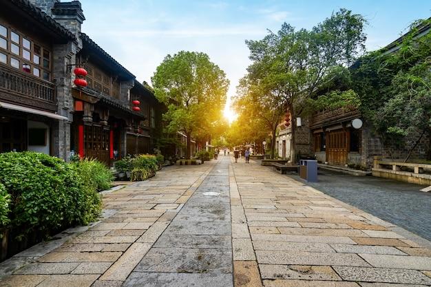 Здания и улицы древнего города в нанкине, китай