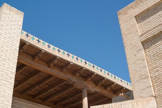 中央アジア、ブハラの古代の木製天井
