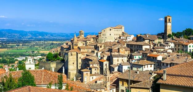 アンギアリ-イタリア、トスカーナの美しい中世の村