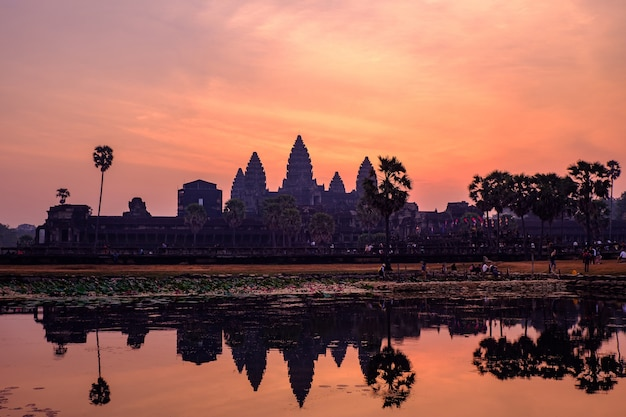 Храм ангкор-ват, главный южный вход, камбоджа