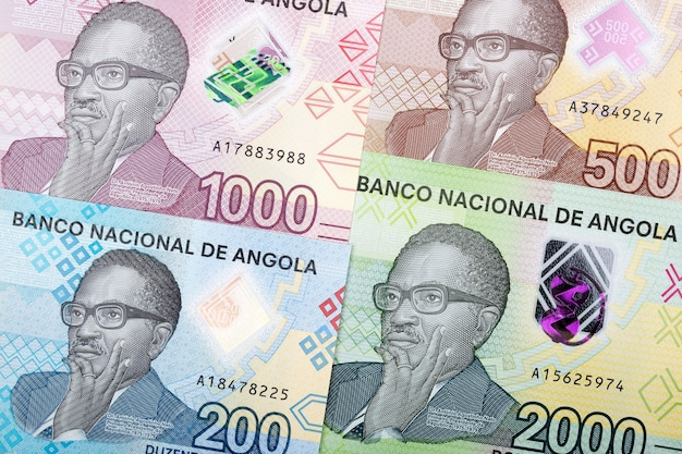 Angolan money banknotes composition