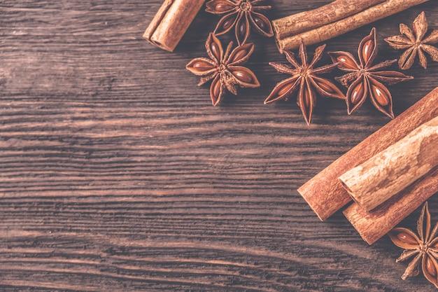 Anise star and  cinnamon sticks