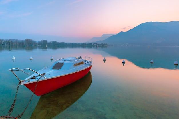 안시 호수와 알프스 산맥 일출, 프랑스, 알프스의 베니스, 프랑스