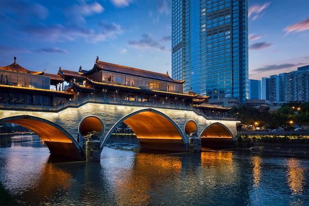 Аньшунь мост ночью, чэнду, китай