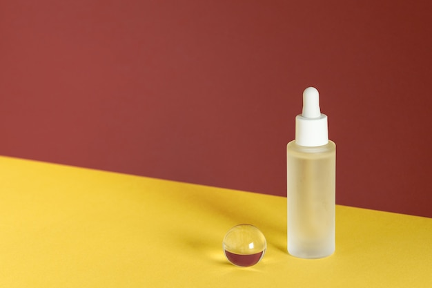 Anti aging serum with collagen and peptides, product advertisment. hyaluronic acid oil mockup.