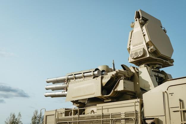 Зенитный ракетно-артиллерийский комплекс брони. панцирь флагман пво вооруженных сил россии.