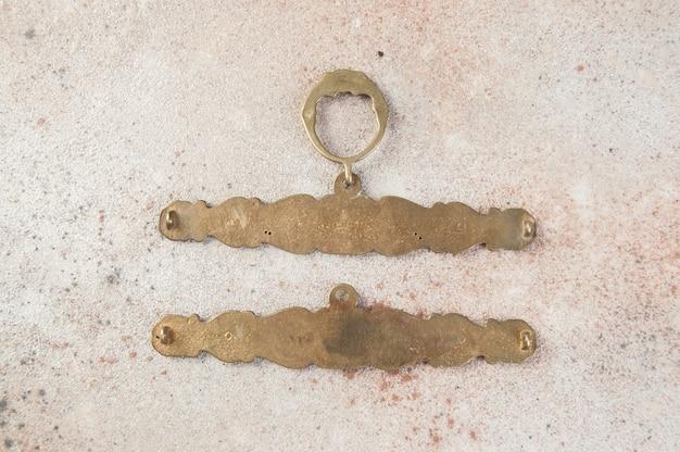 Антикварные бронзовые настенные держатели для вышивания по бетону