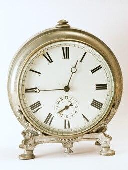 Антикварные часы 1850 года из парижа, в настоящее время хранятся в итальянской коллекции.