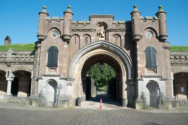 Старинное здание в нидерландах