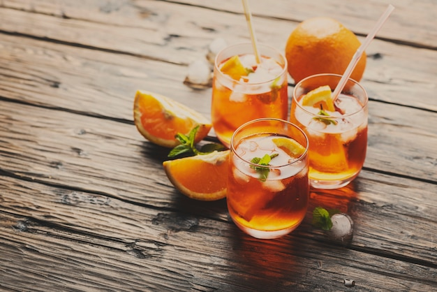 Aperol spritz с апельсином