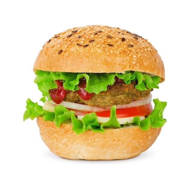 白で隔離される食欲をそそるチーズバーガー
