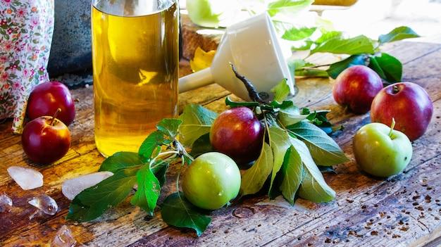 Apple cider, fermented apple juice