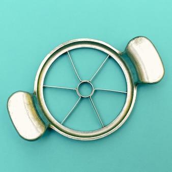 Резак для яблок vintage kitchen tool minimal art