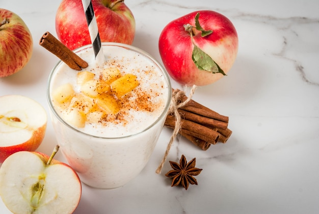 Apple pie smoothie with apples, yogurt, cinnamon, spices and walnuts