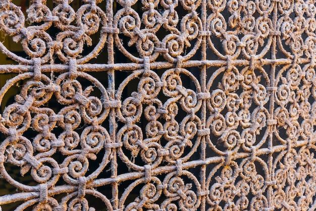 アラビアの鉄の飾り。モロッコのタイル、またはモロッコのゼリー