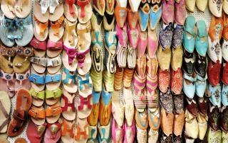 Arabic shoe display