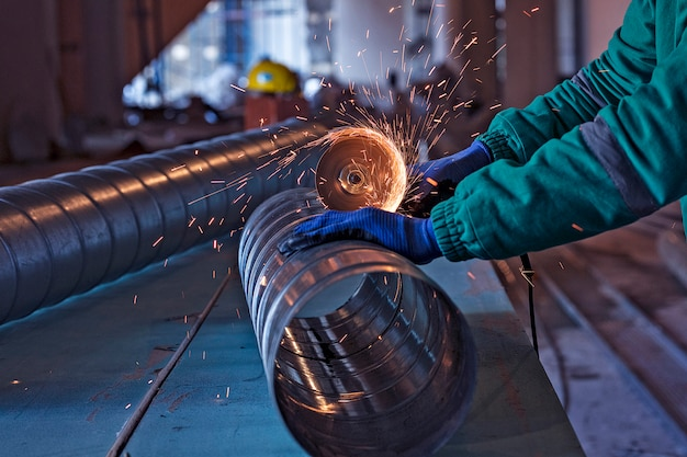 Arc welding of a steel in construction site