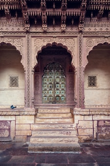 Arched gateway in mehrangarh fort. jodhpur, rajasthan, india
