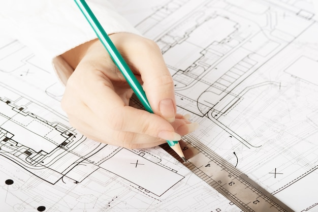 건축가 설계 작업 도면 스케치 계획 청사진 및 건축 건설