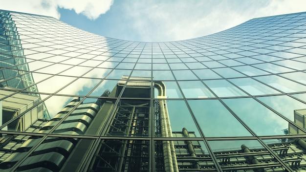 건물의 건축 사진