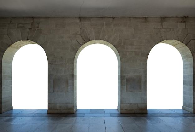建築アーチ石門、3つの白い空白のドア