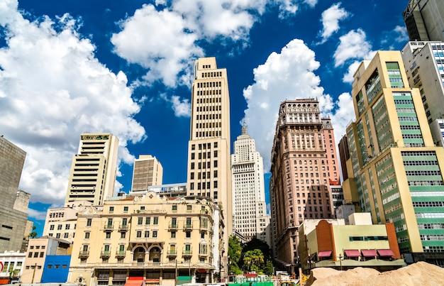 ブラジルのサンパウロのダウンタウンの建築 Premium写真