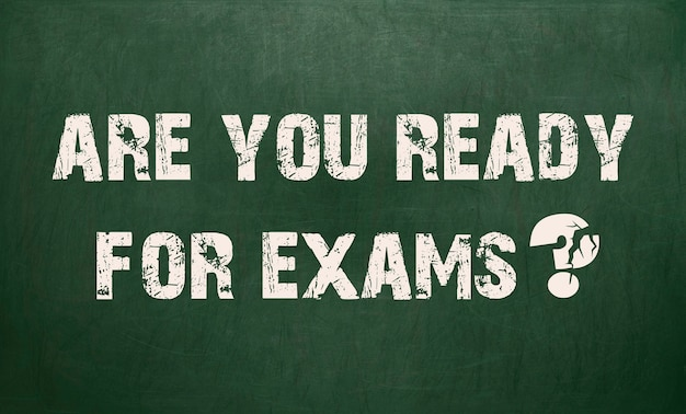 試験の準備はできていますか。黒板の質感。