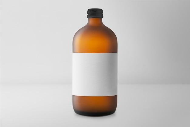Confezione di prodotti terapeutici in bottiglia di vetro aromatico