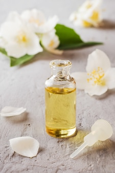 Aromatherapy with jasmine oil and soap