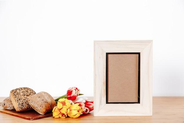 Cornici per foto e decorazioni per la colazione