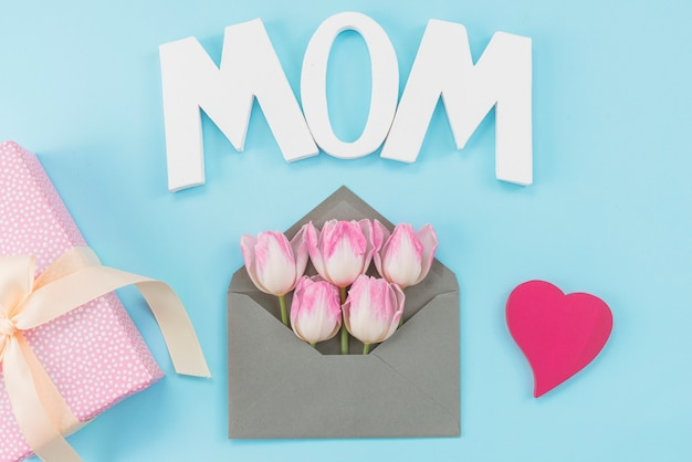 Arrangement of attributes for mother`s day celebration