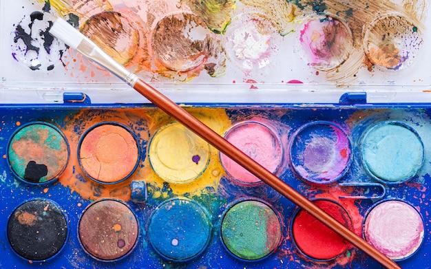 Arrangement of color palette in box close-up