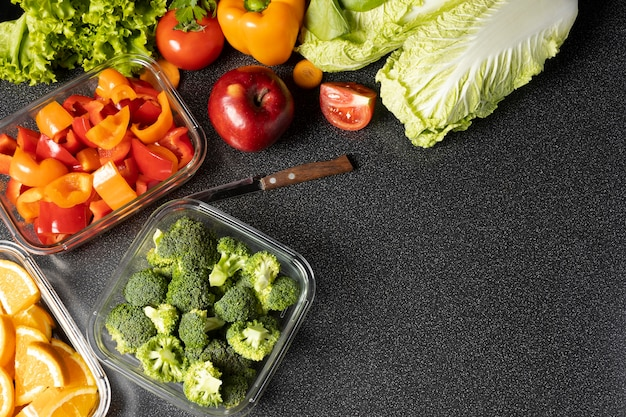Arrangement of healthy raw food