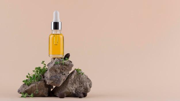 Disposizione del contagocce di olio di jojoba