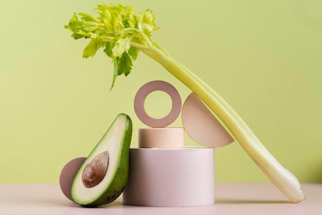 맛있는 신선한 과일과 채소의 배열
